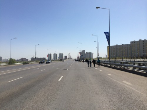 По дороге на парад
